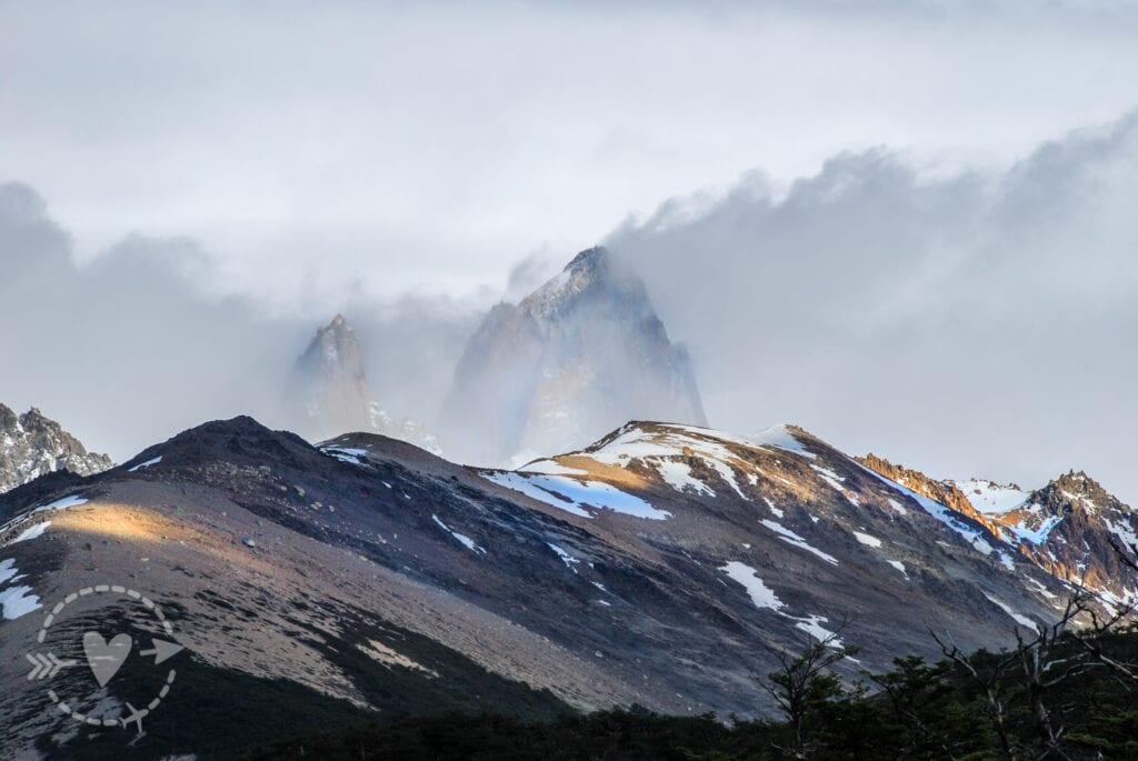 Monte Fitz Roy, El Chaltén avvolto dalle nubi