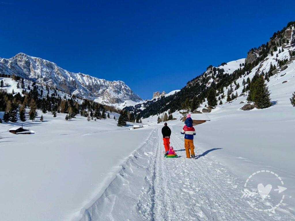 Escursione invernale in Val di Fassa. La Val Duron in motoslitta