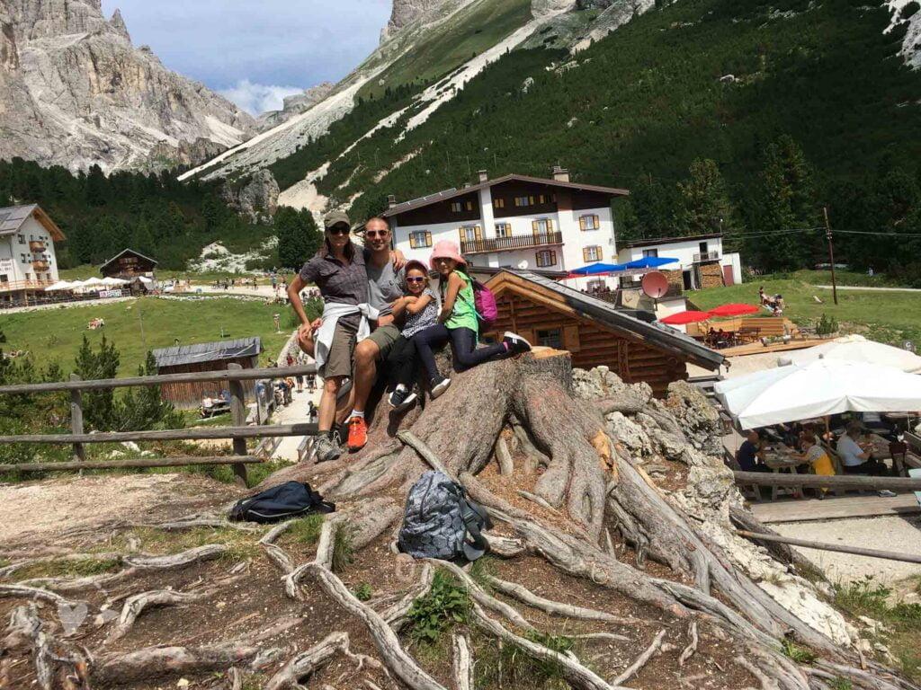 Da Ciampedie a Gardeccia in Val di Fassa